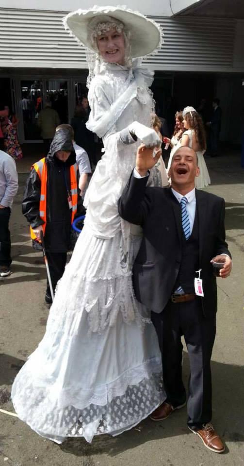 crowdpuller/Victorian_Stilt_walker_Horse_races_Ayr.jpg