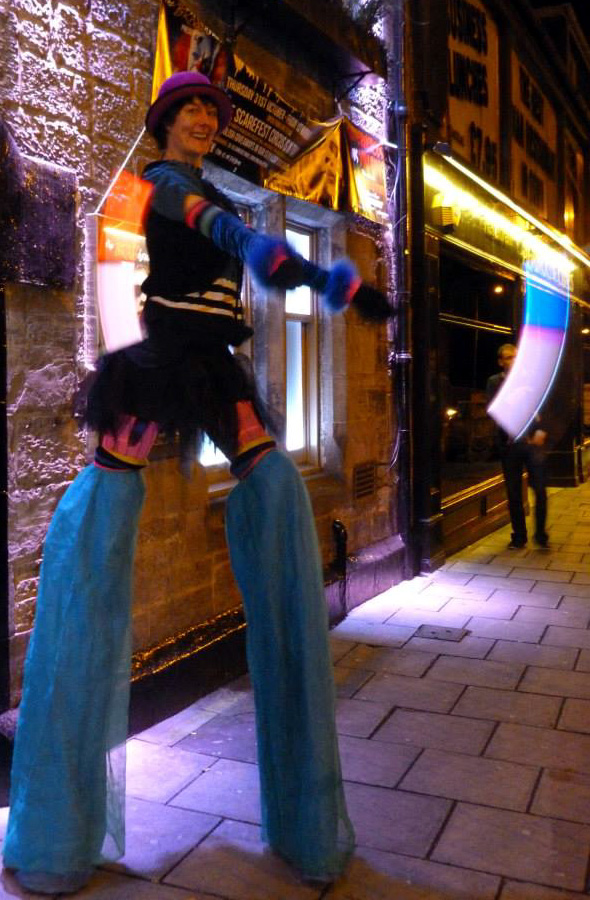 crowdpuller/brasshouse_dunfermline_stiltwalker_circus_scotland.jpg